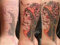 Татуировка голова девушки с розами