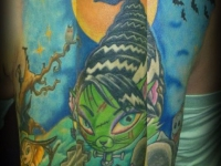 Татуировка рыба на плече