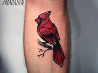 Тату красная птичка