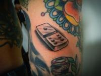 Татуировка домино