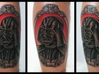 Татуировка голова в шлеме