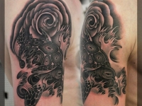 Татуировка черепаха на плече