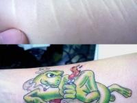 Татуировка дракон с сигаретой