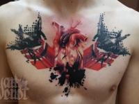 Татуировка сердца пораженного птицами на груди
