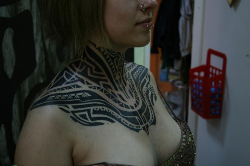 Значение татуировок на шее - каким мужчинам или женщинам лучше всего подходит тату на шее?