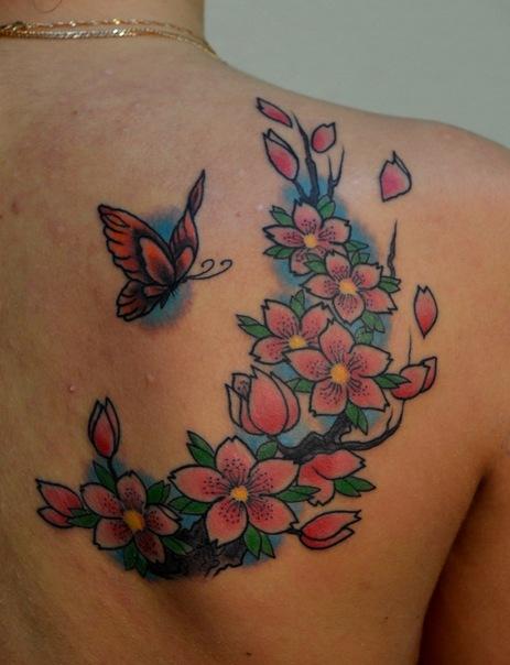 Татуировка выполнена на спине. Аутлайны - Gilmar Rodrigues. Мастер - Виолетта Доморад. Время работы - около 2х часов