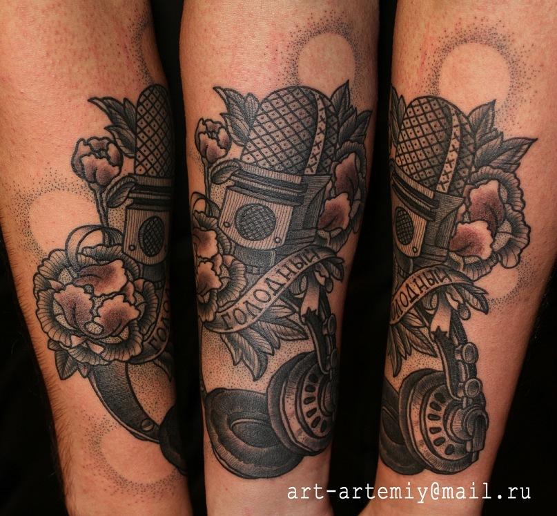 Художественная татуировка, тату, индивидуальное тату, традиционная татуировка, традиционная тату, tattoo, traditional tattoo, tattoo microphone and headphone, тату микрофон и наушники