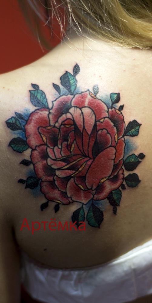 Татуировка с розой