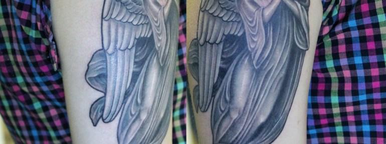 Что означает татуировка ангел и кому она больше подойдет?