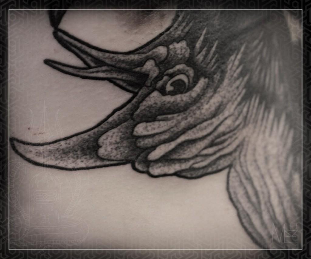 """Художественная татуировка """"Ворон"""" с элементами dot-worka.Работа в процессе.Мастер Михаил Колесников."""
