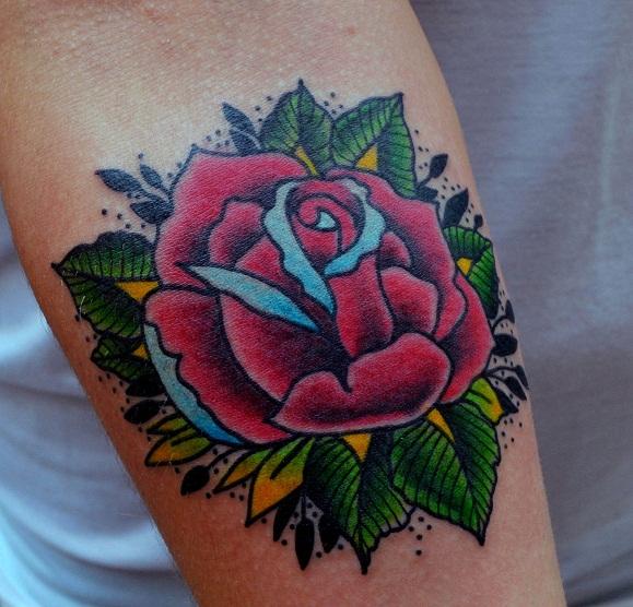 Татуировка выполнена на предплечье, 1 небольшой сеанс, мастер Виолетта.