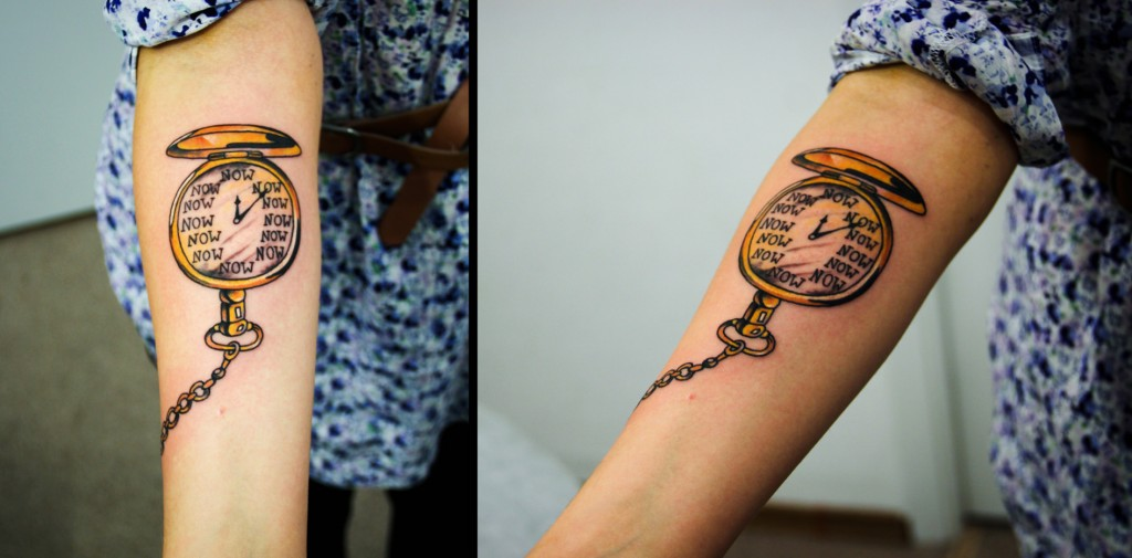 """Художественная татуировка """"Часы"""". Мастер Денис Марахин. Расположение: предплечье."""