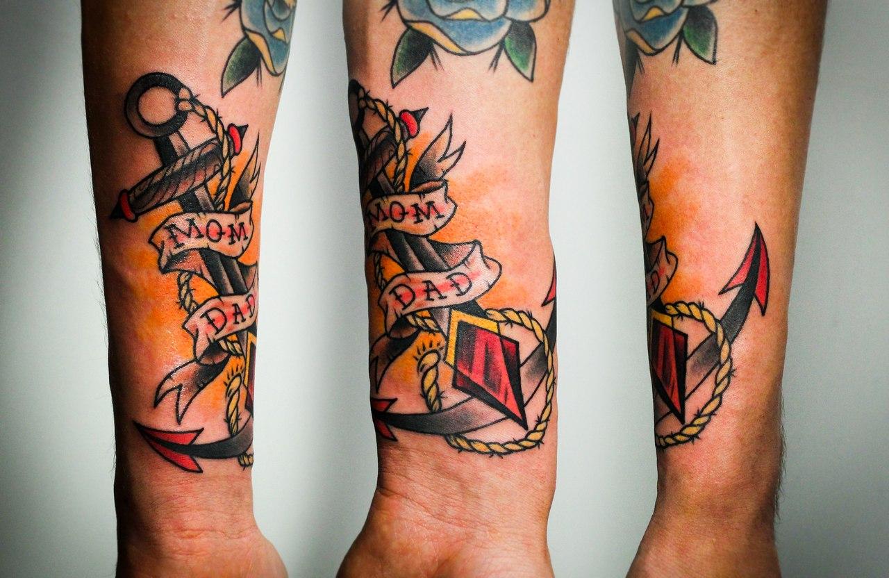 """Художественная татуировка """"Якорь"""". Мастер Денис Марахин. Расположение: предплечье."""