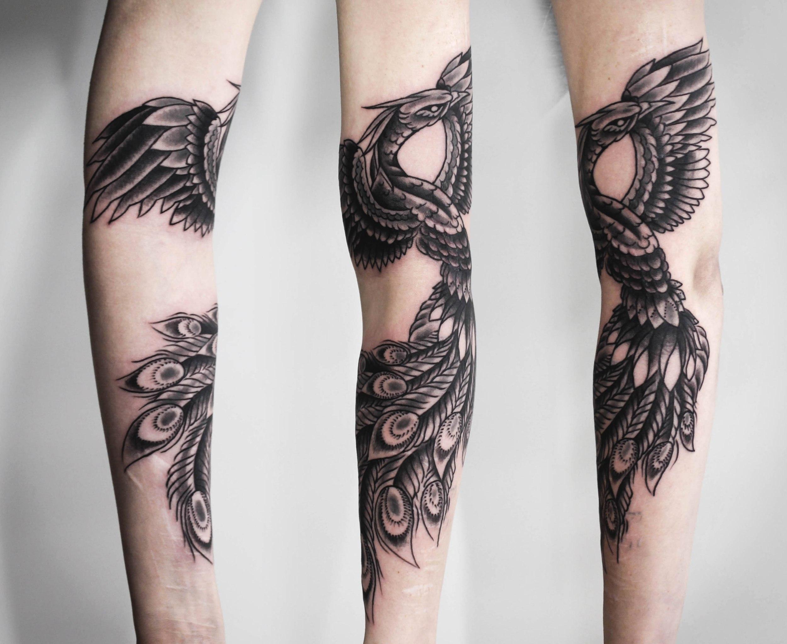 """Художественная татуировка """"Феникс"""". Мастер Денис Марахин. Расположение: внутренняя часть руки и предплечье."""