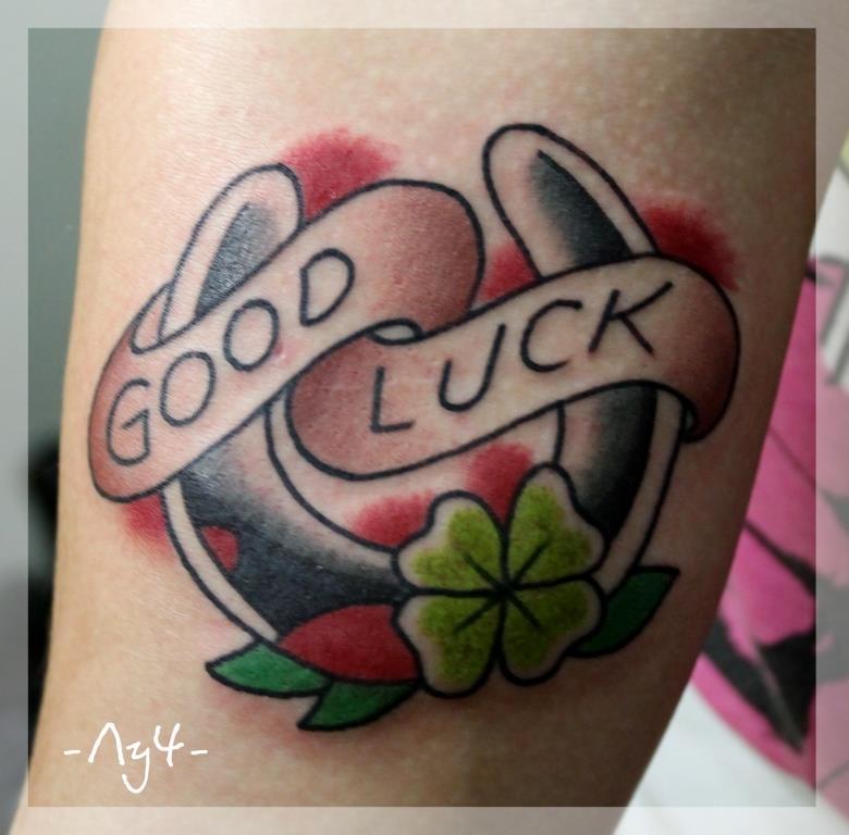 """Художественная татуировка """"Good Luck"""". Начинающий мастер Катя Лучникова."""