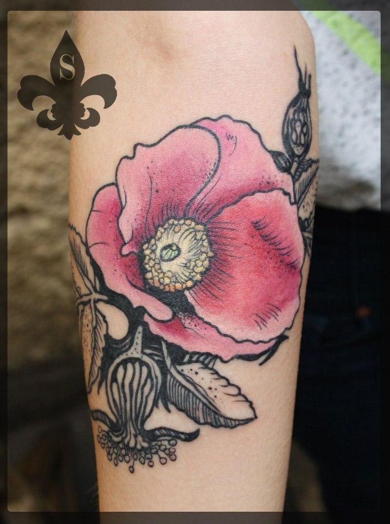 """Художественная татуировка """"Цветок"""" от Александра Соды"""