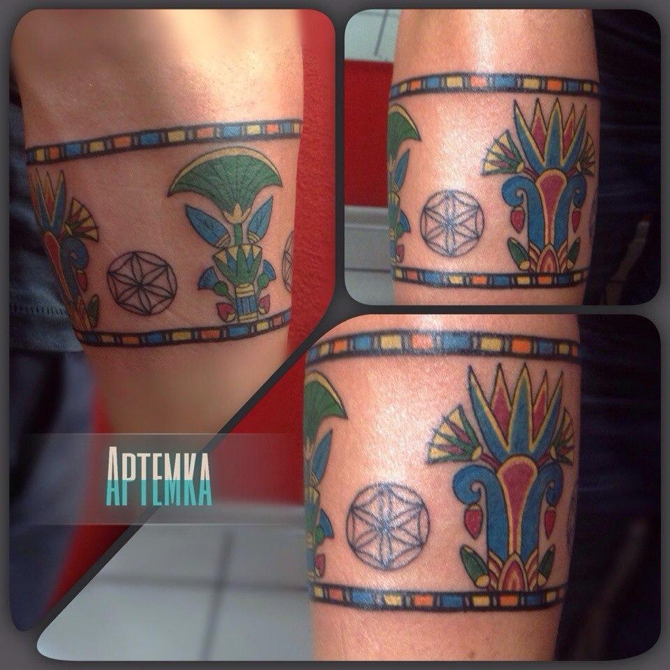 Татуировка браслет. Мастер Артем Михайлюта.