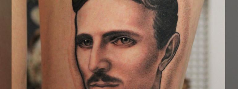 Художественная татуировка. Портрет. «Тесла». Мастер Павел Заволока.