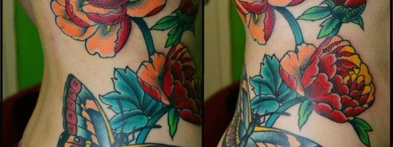 Татуировка пионы. Мастер Виолетта Доморад.