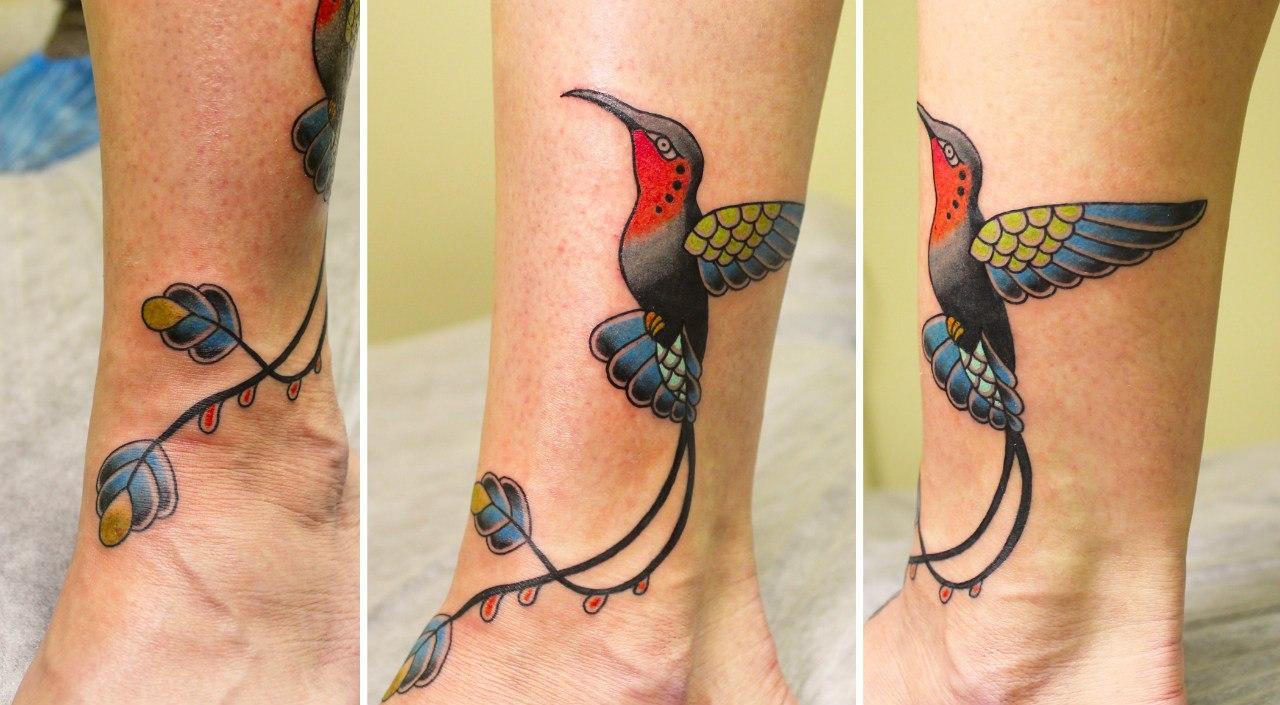 """Художественная татуировка """"Колибри"""" от Ксении Волчок."""