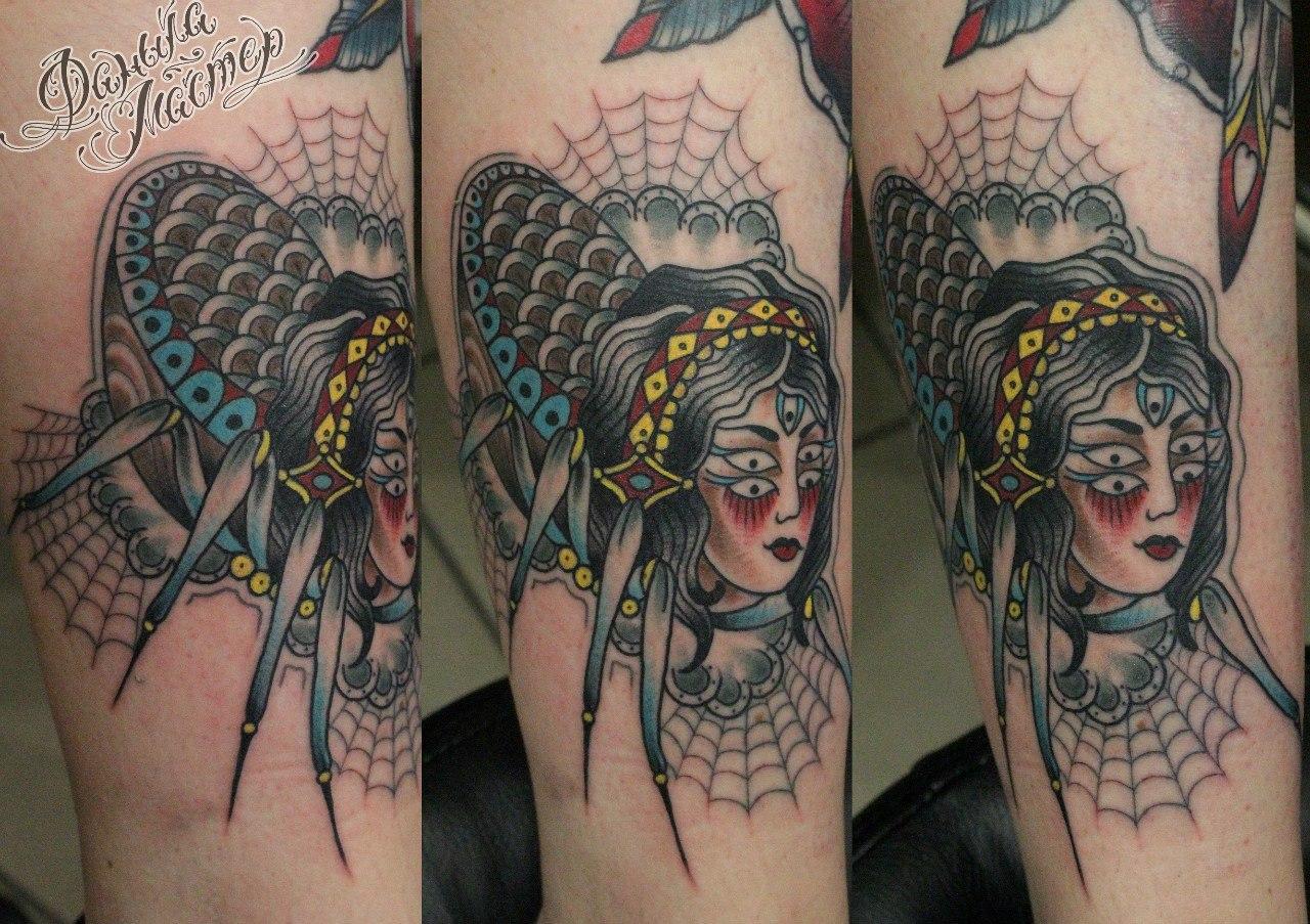 """Художественная татуировка """"Госпожа паучиха"""". Данила-мастер."""