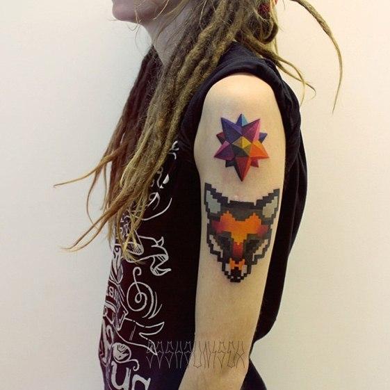 """Художественная татуировка """"Лиса 8 бит и звезда. Мастер Саша Unisex."""