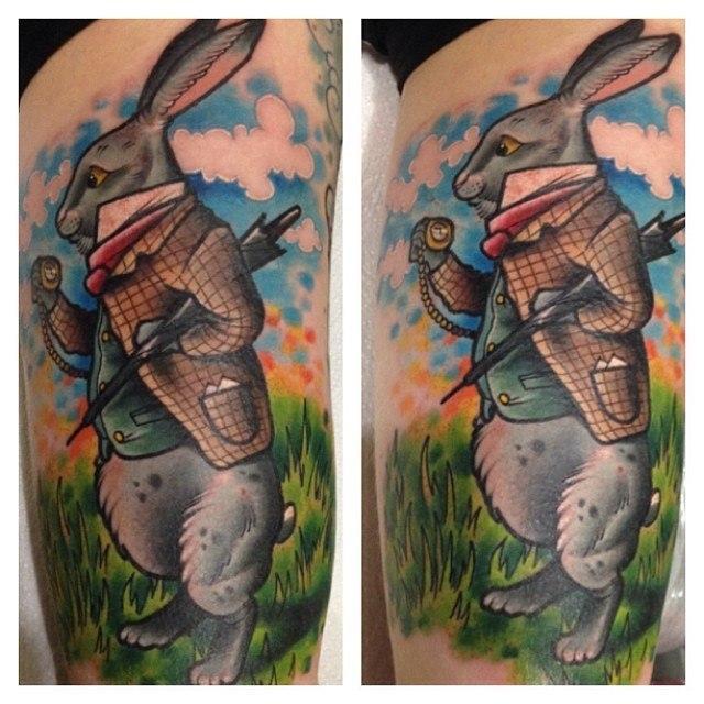 """Художественная татуировка """"Белый кролик"""" от Александра Соды"""