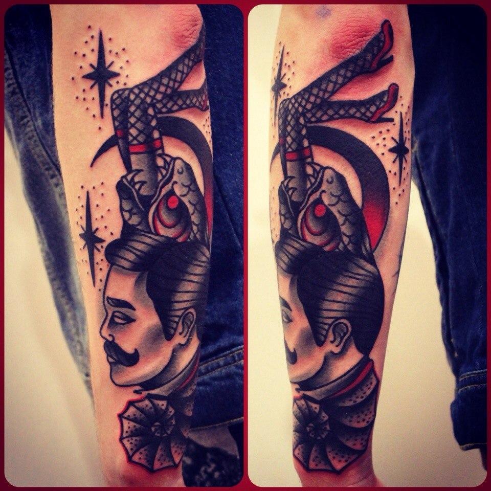 Художественная татуировка «Мужчина». Мастер Денис Марахин.