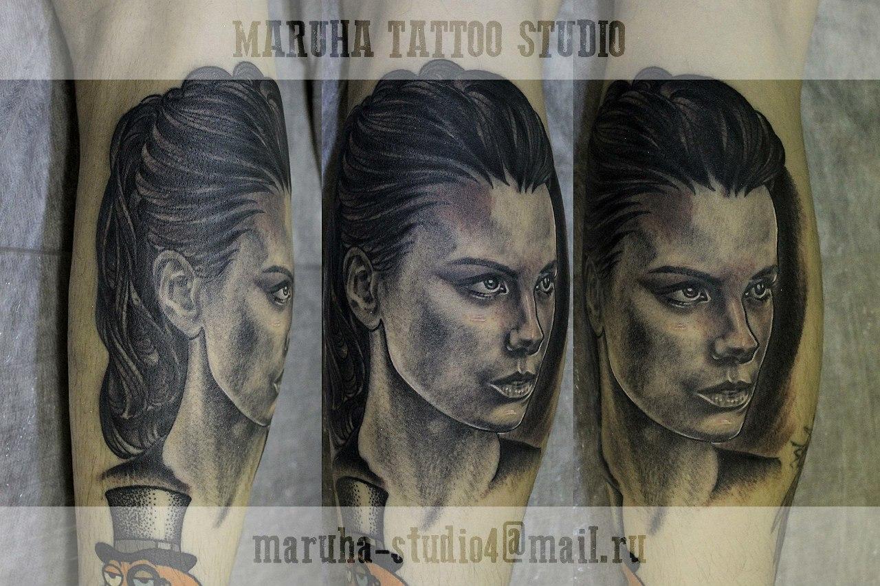 """Художественная татуировка """"Бекинсэйл Кейт"""" в исполнении Валеры Моргунова."""