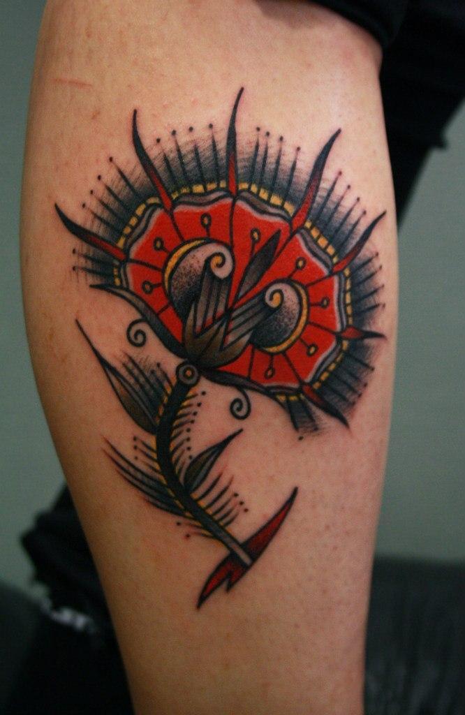 Художественная татуировка «Цветок» в исполнении Вовы Snoopa.