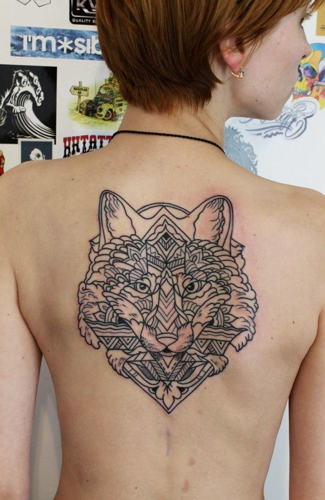 Художественная татуировка «Лиса». Мастер: Саша Новик.