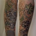 """Художественная татуировка """"виноградная лоза"""" от мастера Валеры Моргунова."""