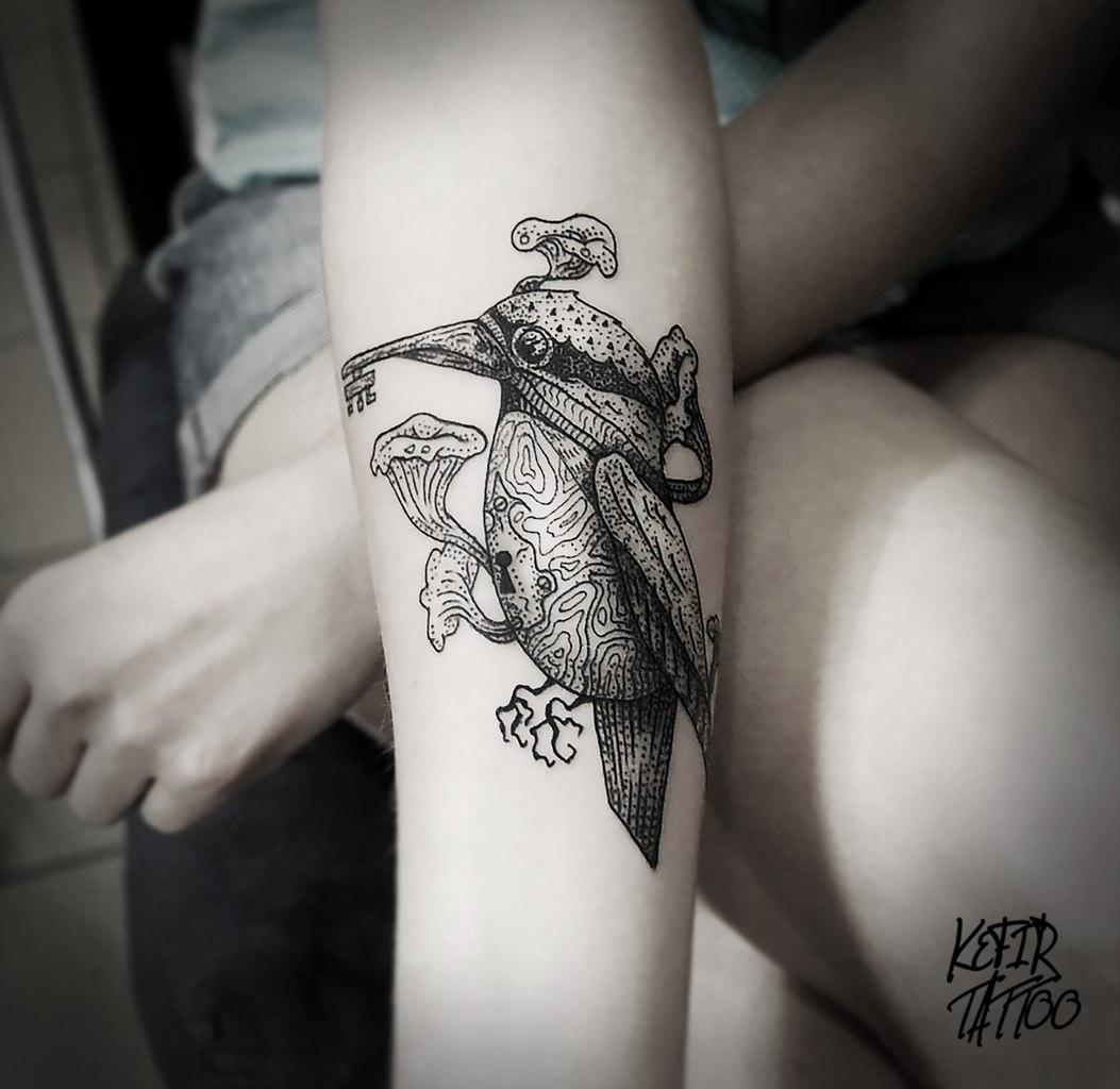 """Художественная татуировка """"Зимородок"""" от Инессы"""
