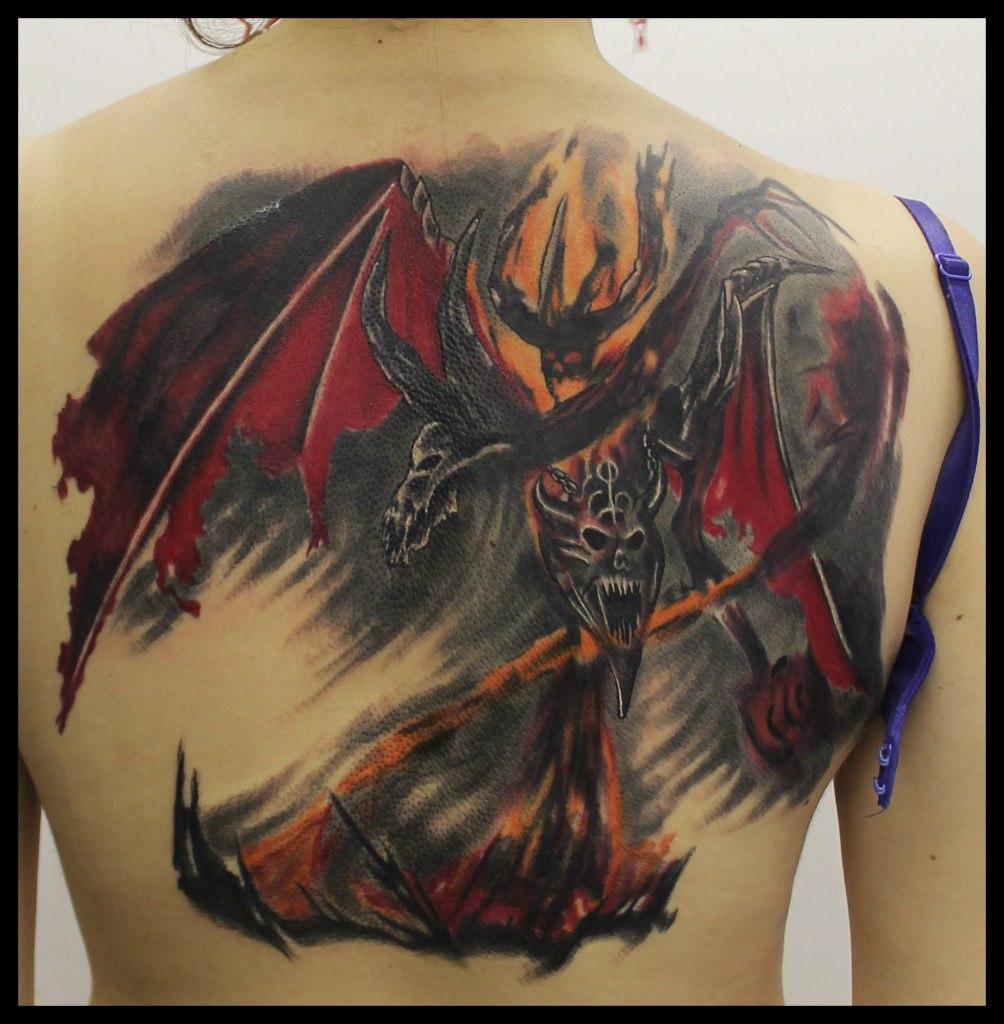 """Художественная татуировка """"Демон"""". Мастер Андрей Бойцев."""