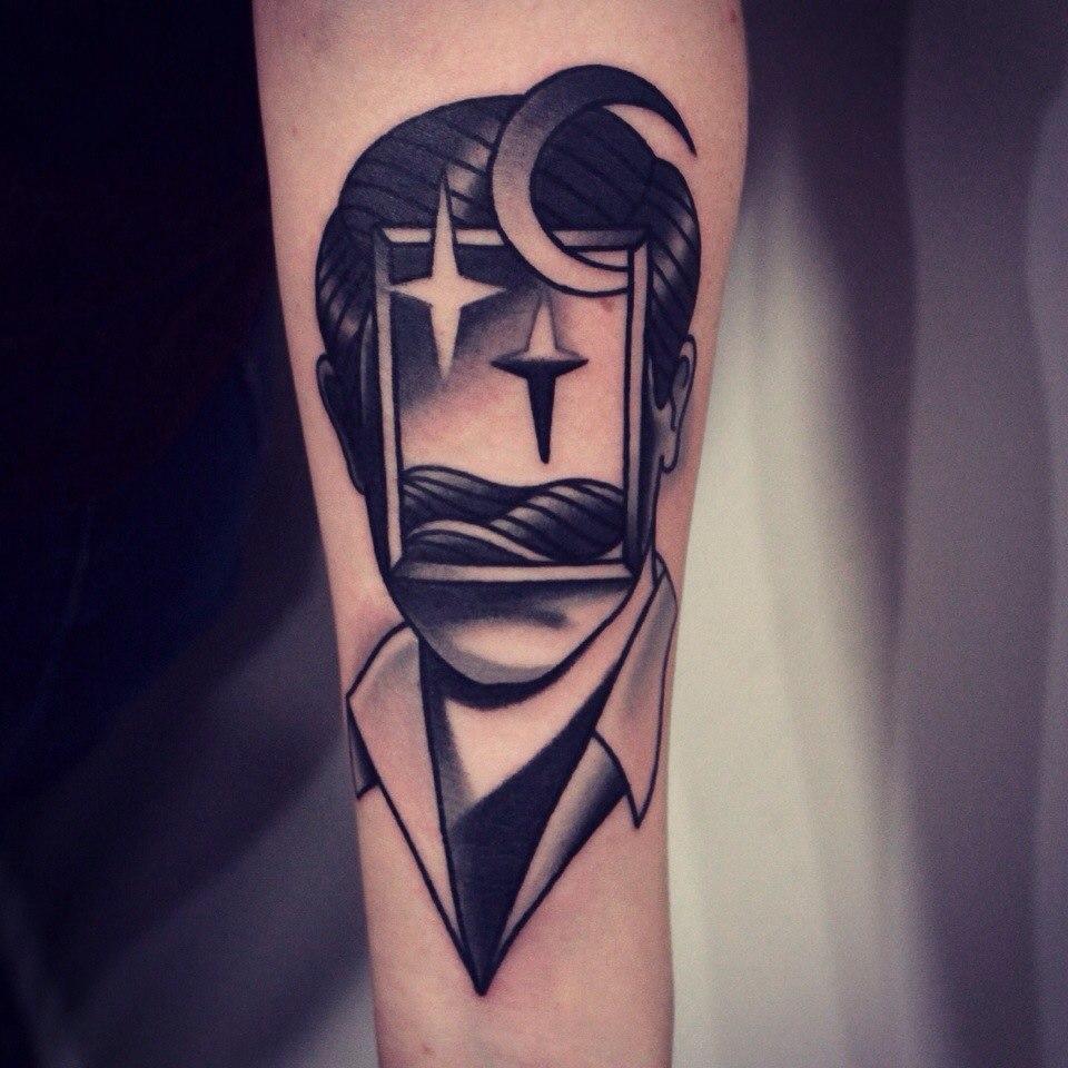 Художественная татуировка «Ночь». Мастер Денис Марахин.