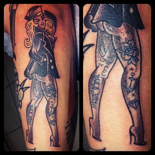 Художественная татуировка «Морячка» от Валеры