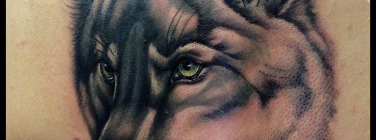 Художественная татуировка «Волк». Мастер Мадина Mary Jane.