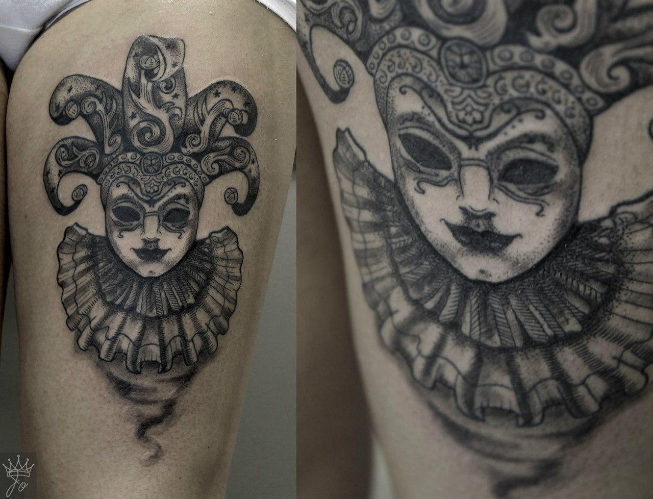 """Художественная татуировка """"Венецианская маска"""". Мастер  Ксения Jokris Соколова."""