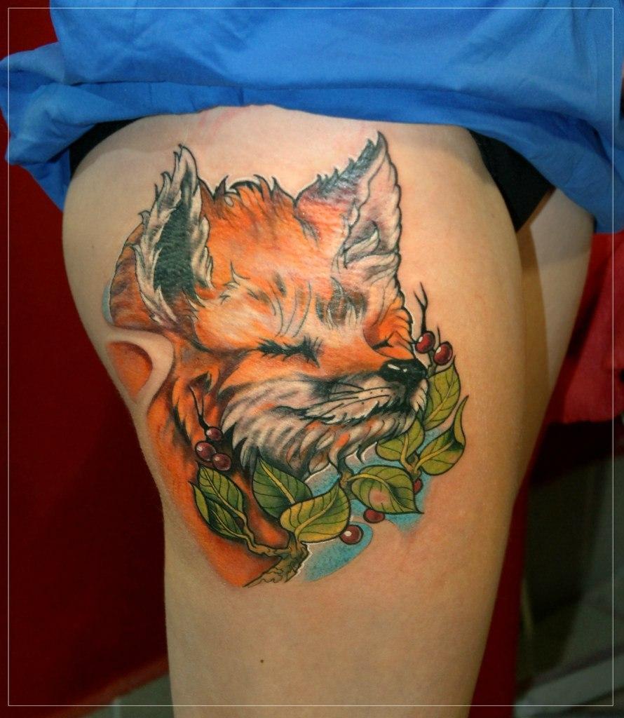 """Художественная татуировка """"Лиса"""". Мастер Мария Скляр."""
