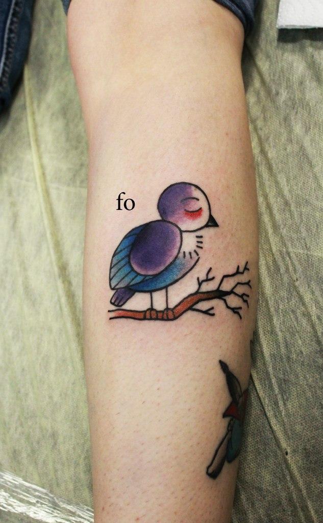 """Художественная татуировка """"Птенец"""". Мастер Фоля Fo."""