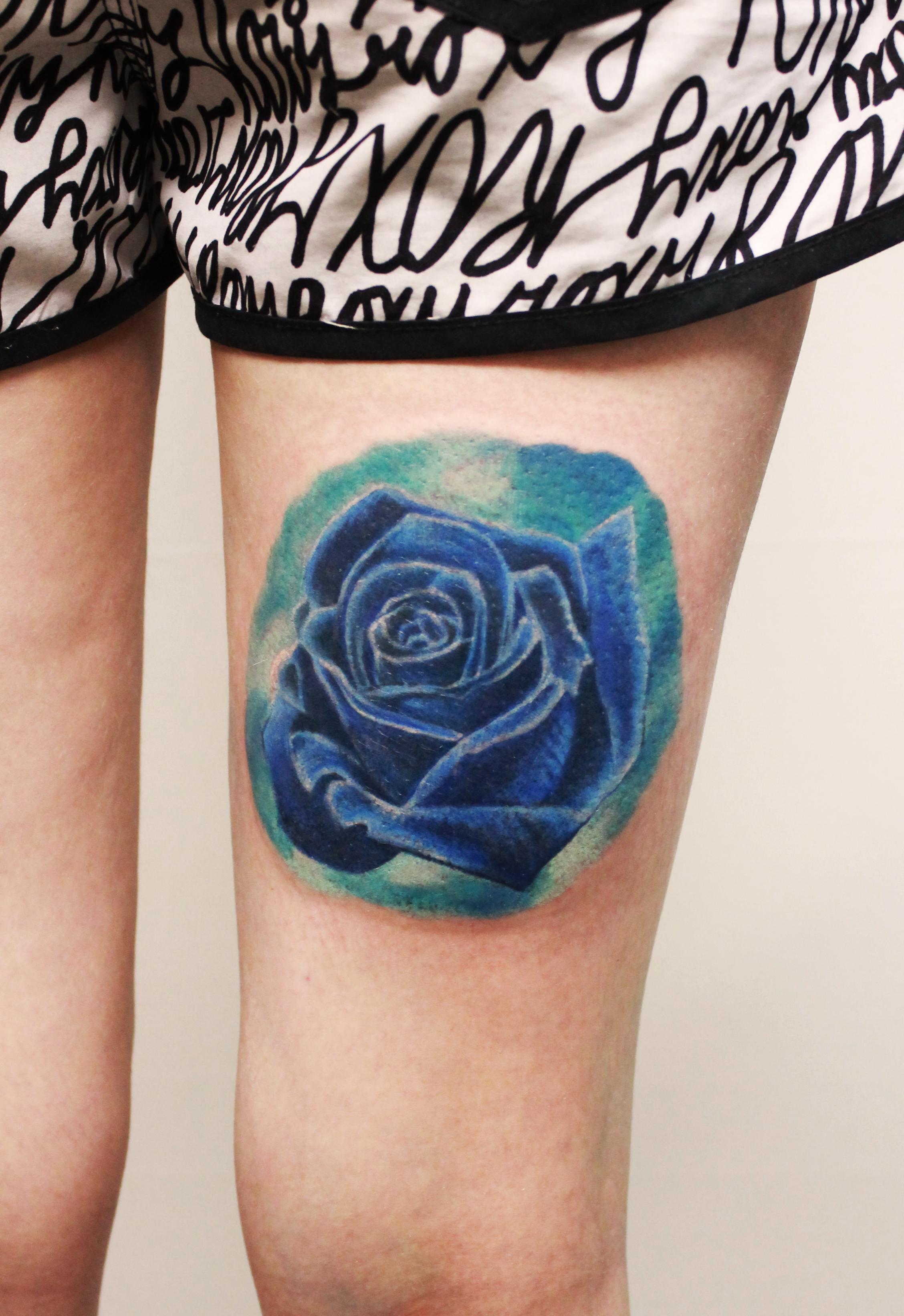 """Художественная татуировка """"Роза"""". Мастер Анастасия Енот."""