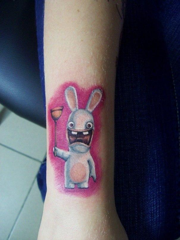 Художественная татуировка «Заяц». Мастер — Анна Корь