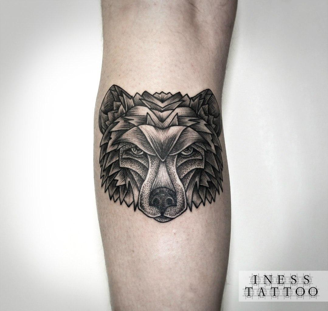 Художественная татуировка «Медведь». Мастер — Инесса Кефир