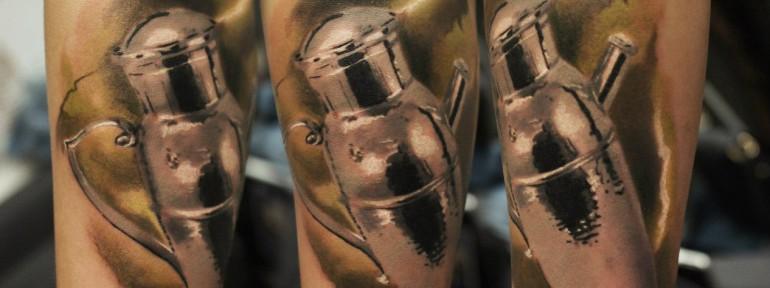 Художественная татуировка «Шейкер». Мастер Александр Морозов.