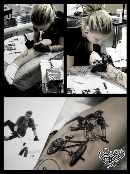 Художественная татуировка «BMX». Мастер — Анна Корь, сама себе. Расположение — голень. Время работы — 3 часа.