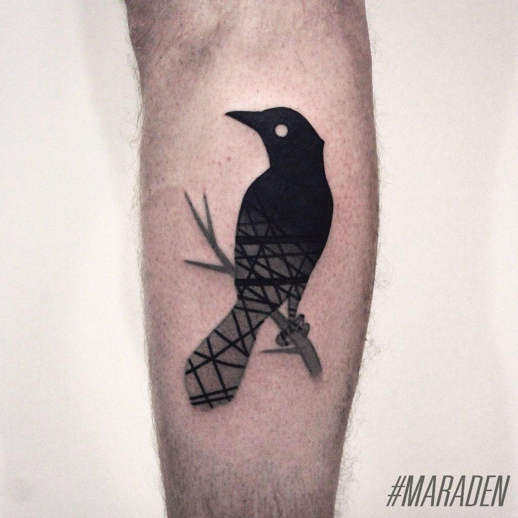 Художественная татуировка «Ворона». Мастер — Денис Марахин