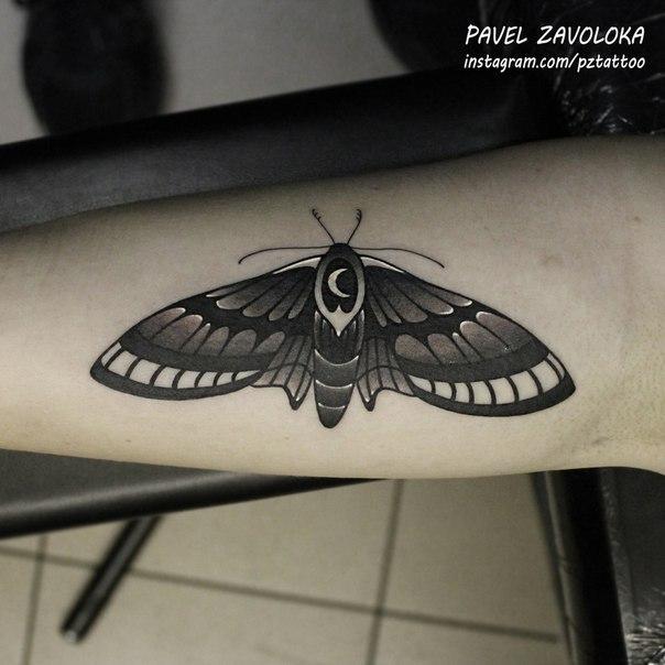 Художественная татуировка «Мотылёк». Мастер Павел Заволока.