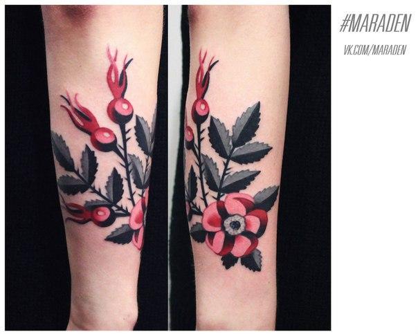 Художественная татуировка «Шиповник». Мастер — Денис Марахин. Расположение — предплечье. Время работы — 2 часа. По своему эскизу