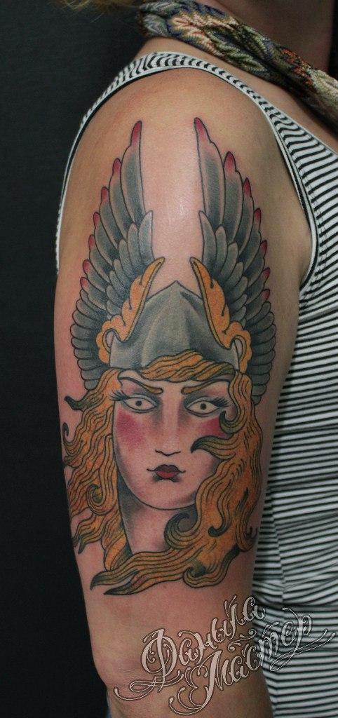 """Художественная татуировка """"Валькирия"""" от Данилы-Мастера."""