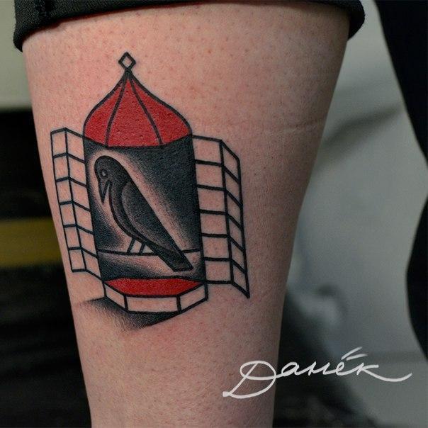 """Татуировка """"Птица в клетке"""". Мастер Данил Костарев."""